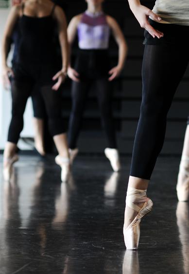 Compagnies de danse en résidence Marseille Orchestra Studio