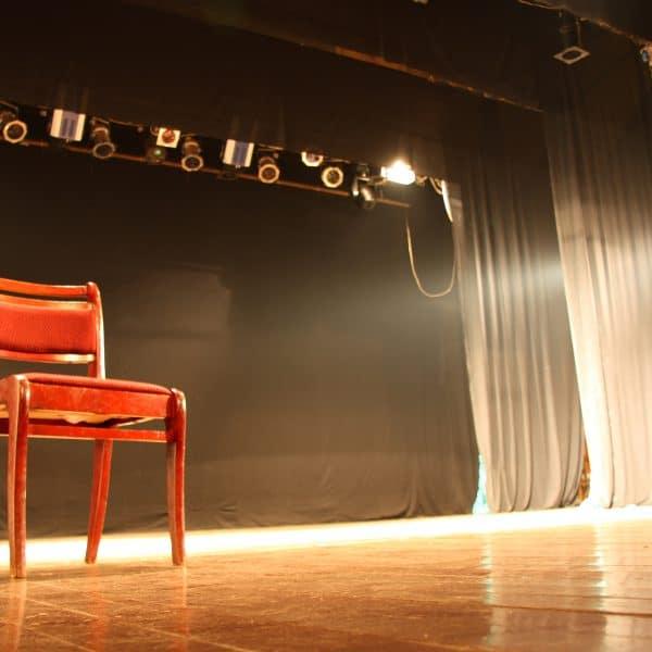 theatre tarif ados