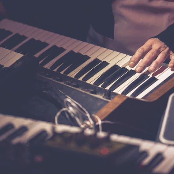 cours de piano pour ados à marseille en groupe